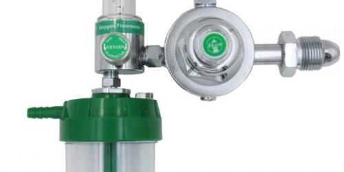 Medical oxygen regulator humidifier bottle